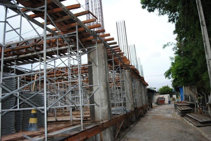 Empresa de Escoramento Contínuo na Vila Curuçá - Escora para Laje de Ferro