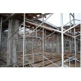 escoramentos para construção na Cidade Dutra