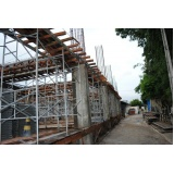 escoramentos para obras na Casa Verde